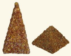 Gintaro-piramides
